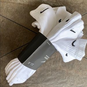 NIKE EVERYDAY COTTON CUSHIONED ANKLE 6 pairs socks
